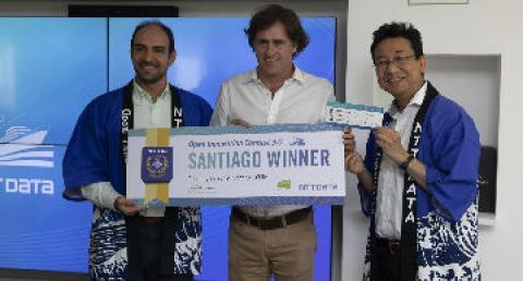 Ganador de competencia de empredimientos recibe su premio