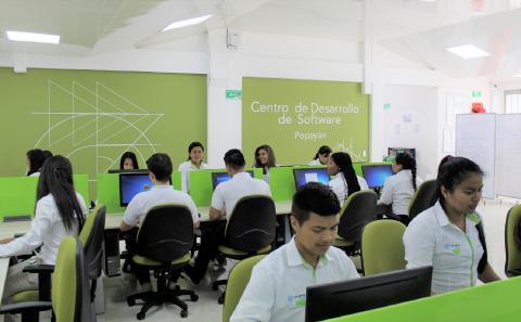 everis Colombia firma carta de intención para extender su alianza con SENA
