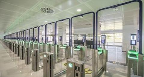 everis installa sistemi di controllo automatico delle frontiere negli...