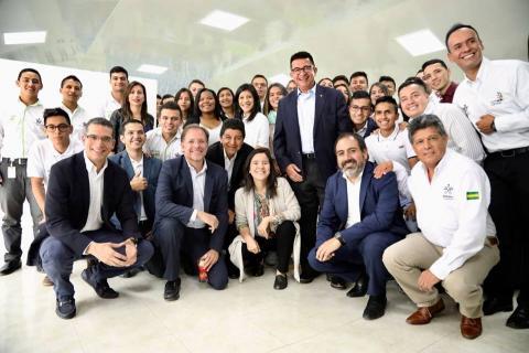 Ministra TIC, Silvia Constaín, visitó el Centro de Desarrollo de Software de...