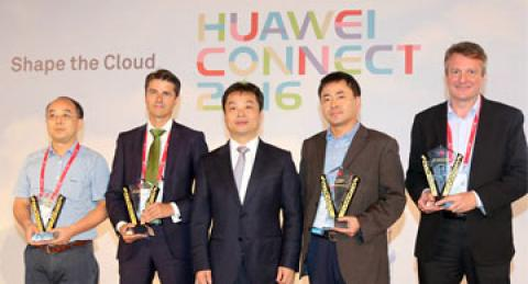 "Huawei otorga a everis el premio ""Win-Win Business Collaboration Award"""