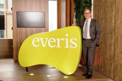 everis lança no Brasil academia para formação  de talentos com 15 mil vagas...