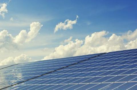 EIT InnoEnergy y everis crean un fondo de inversión para acelerar la...