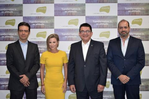 Mauricio Vargas, Country Manager Colombia TranspBusiness, Silvina Moschini Co-founder &President, TranspBusiness, Diego Tovar, CEO everis Colombia, Alejandro Novoa, Business Director