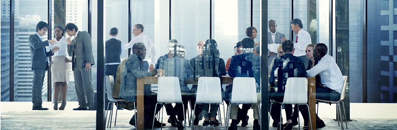 ¿Hay suficiente talento joven en los comités de dirección?